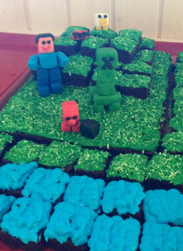 Minecraft theme Rasmus 10 years birthday cake