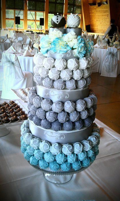 cake pop wedding cake..I know some kids who would love this if we had this cake lol @Rosanne Wong Wong Wong Schaeffer @Cristina Regelin