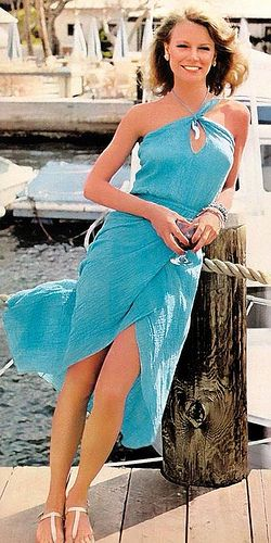 Shelley Hack in turquoise. 70s summer style.