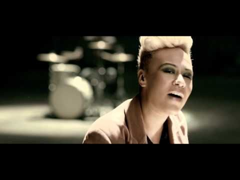 Emeli Sandé - Next To Me (Official Music Video) - YouTube