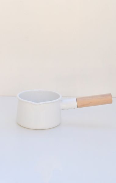milk pot at anaise