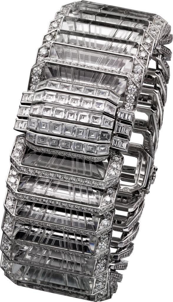 CARTIER. 'Illumination' Bracelet - white gold, carved rock crystal, calibré-cut diamonds, brilliant-cut diamonds. #Cartier #CartierMagicien #HauteJoaillerie #FineJewelry