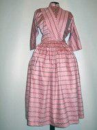 http://www.vintagewardrobe.ro/cumpara/rochie-din-moar-roz-orhidee-anii-50-4947140 Rochie din moar roz orhidee anii '50