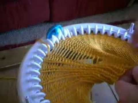 ▶ 1x1 Ribbing on Innovations Knitting Machine - YouTube