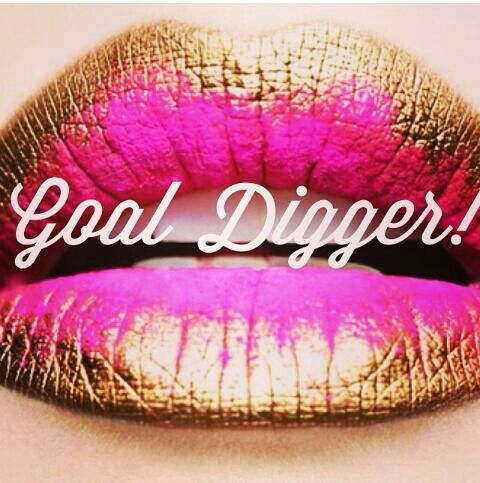 colorful lips / make-up / beauty / goal digger lipstick