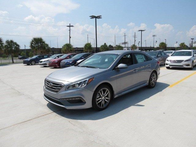 Save up to $6000!! on 11 remaining 2015 #Hyundai #Sonatas! Learn more at http://www.hyundaiofmetairie.com/VehicleSearchResults?model=Sonata&priceRange=-2147483648:2147483647&search=new&make=Hyundai&yearRange=2015:2015&pageNumber=1&visitedVD=true. Offer Ends, January 4th, 2016!