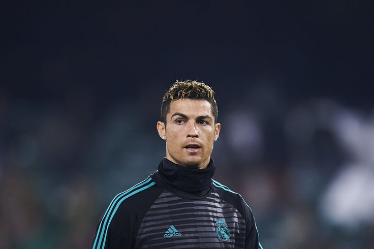 Cristiano Ronaldo Photos - Cristiano Ronaldo of Real Madrid looks on during a Real Madrid training session prior to the La Liga match between Real Betis and Real Madrid at Benito Villamrin stadium on February 18, 2018 in Seville, Spain. - Real Betis v Real Madrid - La Liga