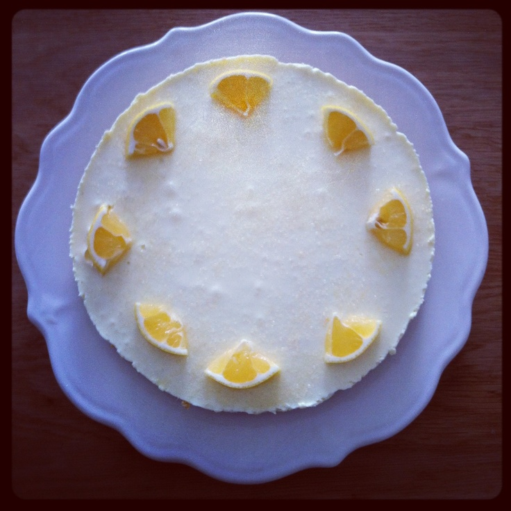 Lemon cheesecake; http://kookmeisje.nl/2012/11/25/cheesecake-met-citroen/