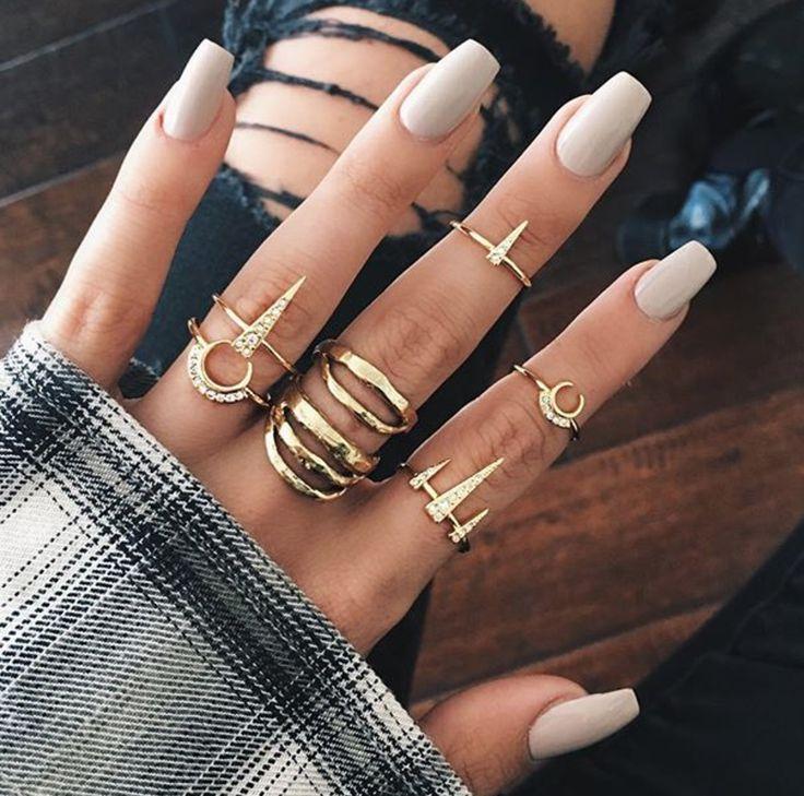 nail colors light skin