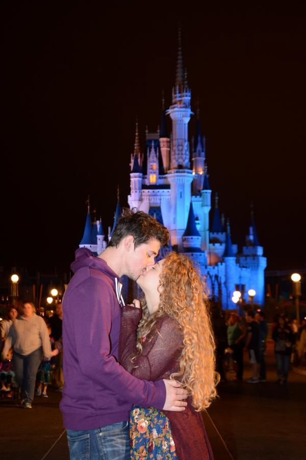 Carrie Hope Fletcher and Pete Bucknall (itwaypastmybedtime & petesjams)