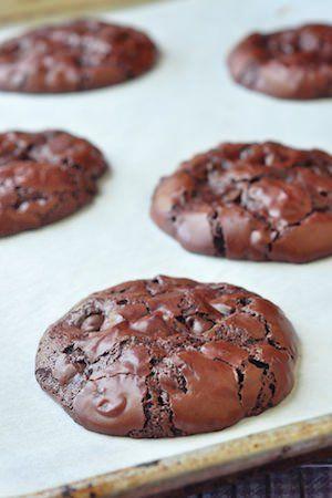 Gluten Free Chocolate Pavlova Cookies