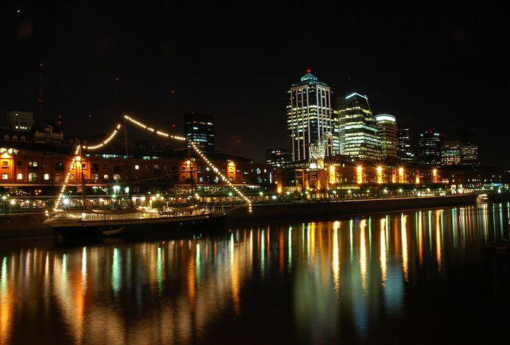 Puerto Madero, Buenos Aires, at night...