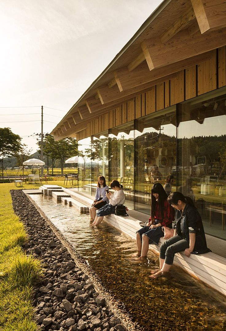 kengo kuma integrates hot springs into the oyu road station of kazuno city