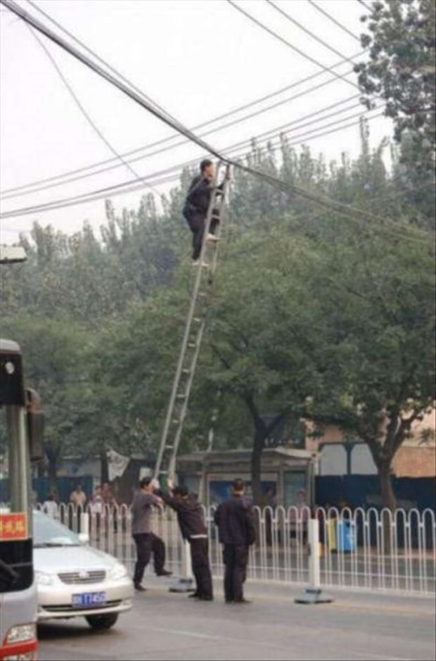 Funny Safety Fails � 40 Pics.  Why women live longer than men.