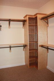 Deluxe rod and shelf on corner unit. www.alltherightspaces.com