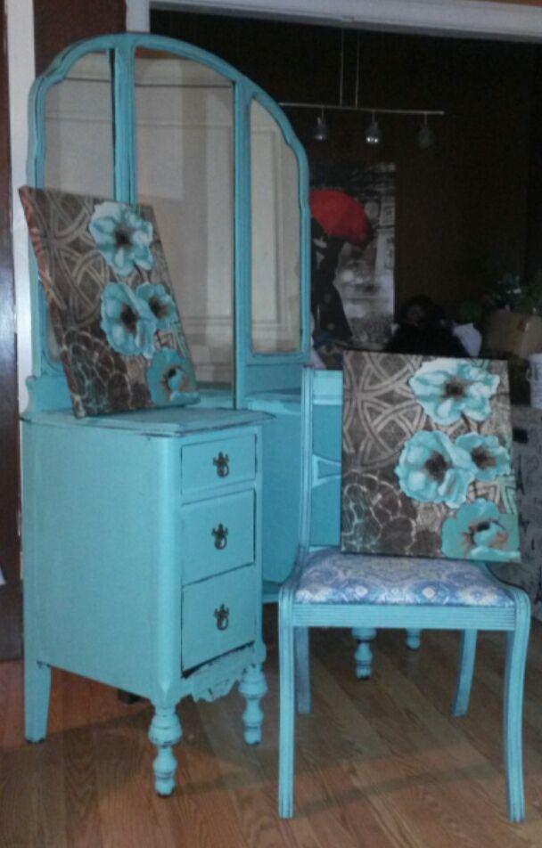#DixieBelle Paint Color   Dixie Belle Blue! True Blue And BEAUTIFUL!! #