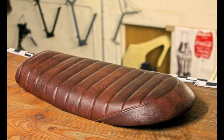 MOTORCYCLE SEAT UNIT: Brat / Tracker / Bobber / Custom / Cafe Racer / Vintage
