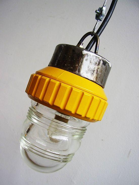 Gule lamper