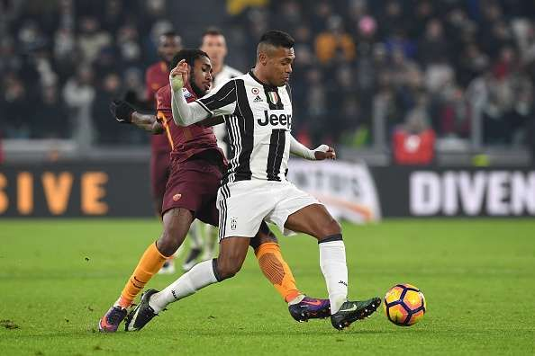 Transfer rumour: Manchester clubs target Juventus left-back Alex Sandro