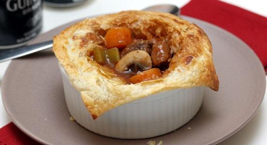 Beef & Guinness Pie - weightloss.com.au