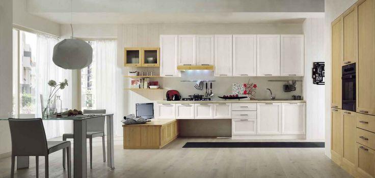 Cucina ERGONOMICA in PINO MASSELLO. Personalizzabile su misura, con cestino, basi, colonne e pensili. VERNICIATURA ECOLOGICA. #Cucina #kitchen #modern #country #mobilirustici #furniture #ecological #design  www.demarmobili.it
