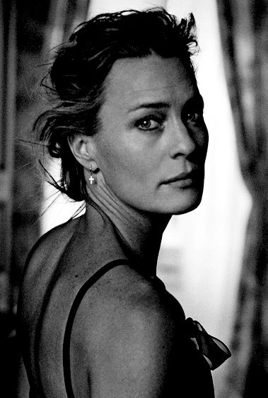 Robin Wright | I love the strength of her body and the vulnerability in her face in this photograph.