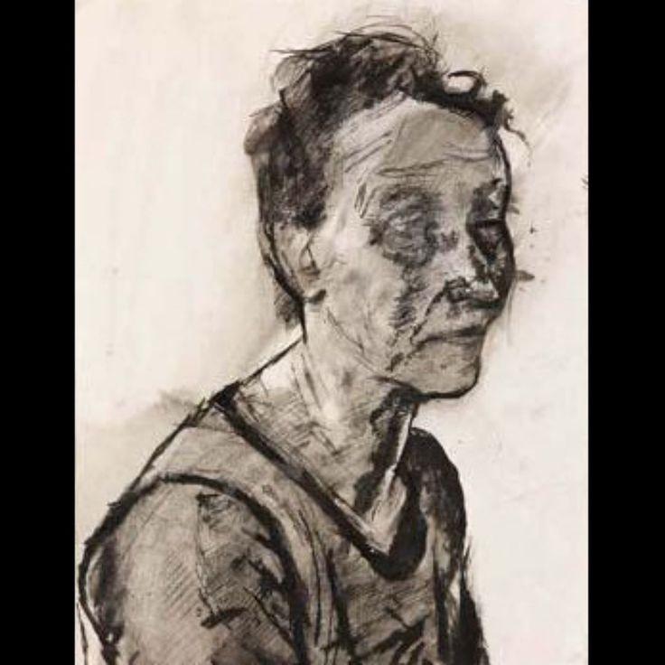 ...fino ad abbrutirsi...e a invecchiare prima del tempo... Rughe di sofferenza... Sul volto di una vita mai vissuta...ma attesa... #Sironi #arte #disegno #900 #donna #sofferenza #vecchiaia #tristezza #rughe #volto #attesa #biennaledeldisegno #rimini by piccolaitalian1