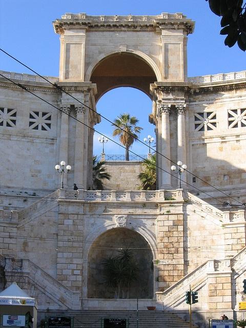 BastioneSantRemy_CadelSol_Cagliari_B by Cadelsol, via Flickr