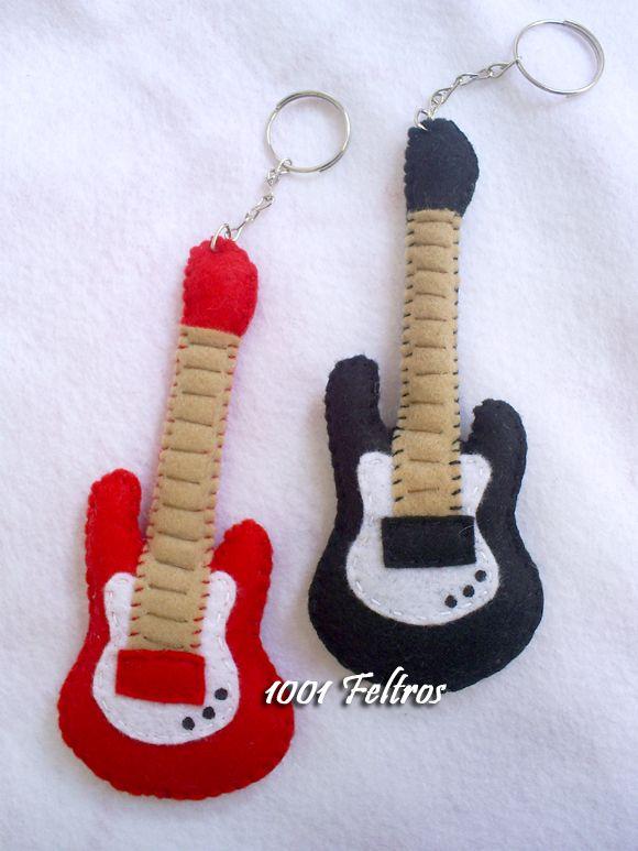 1001 Feltros: Guitarras de feltro e *Lola*                                                                                                                                                     Mais
