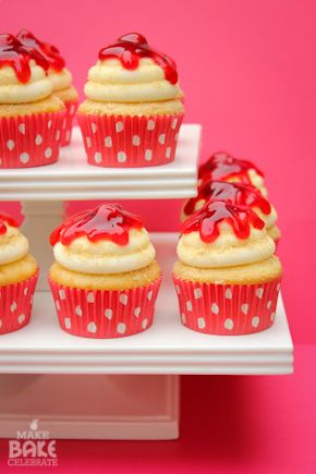 Cherry cheesecake cupcakes!