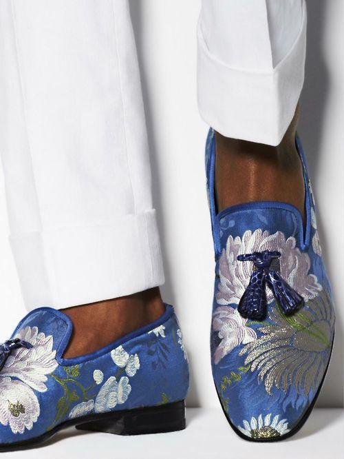 fleursmasculines:maninpink:Tom Ford http://www.torildartistes.com/blog-2/inspiration/
