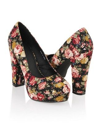 Floral Platform Pumps | FOREVER21 oh my gosh!!! WANT WANT WANT! $26.80