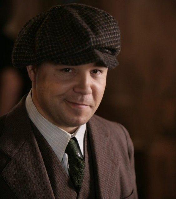 Al Capone and Nucky Thompson   al capone 564x640 Boardwalk Empire Qui est qui ?