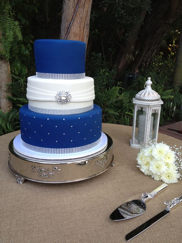 wedding cake silver and blue three tier fondant wedding cake royal blue and white 24547