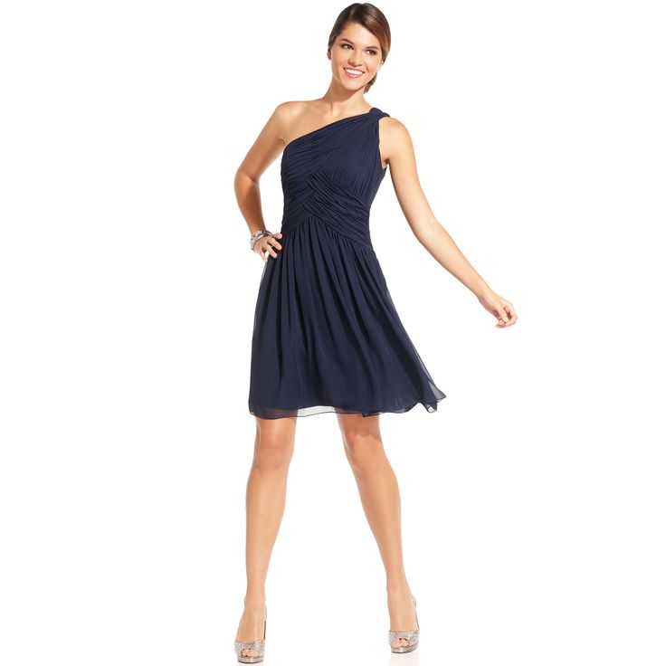 JS Boutique Dresses Retailers