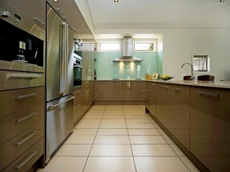 entirely finished with stainless steel Miele kitchen appliances