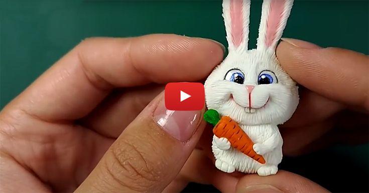 В этом видео мастер-классе я покажу как слепить кролика 'Снежка' из мультфильма 'Тайная жизнь домашних животных'. На волне популярности этого мультфильма, думаю, мастер-класс будет полезен :) Для этого нам понадобится: 1. Полимерная глина (пластика). 2. Акриловые краски. 3. Фурнитура. 4. Лак. Вот такой 'Снежок' получился у меня: А вот видео мастер-класс: Спасибо за…