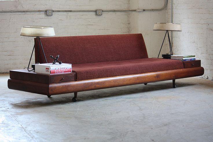 Liberating Adrian Pearsall Mid Century Modern Platform Sofa Model 1709-S for Craft Associates (U.S.A.,1960s)