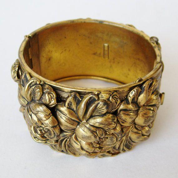 Vintage 50s 60s Lisner Designer Gold Floral Repousse
