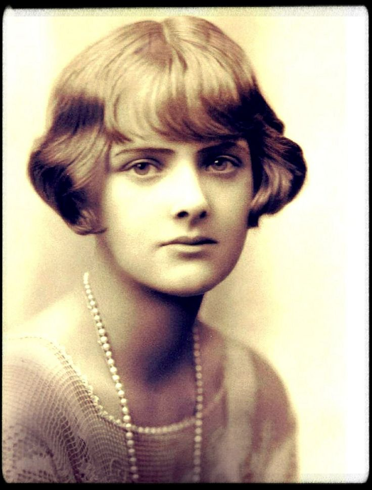 Scary stories for Halloween: The Birds by Daphne du Maurier