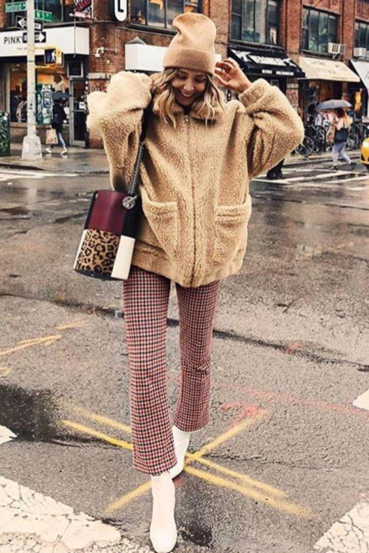 meilleur authentique 95f2e 77602 Mode femme automne/hiver avec un manteau doudou beige d ...