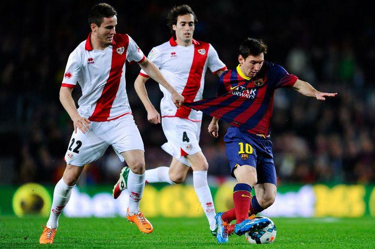 Leo Messi, una pesadilla constante para la defensa rayista
