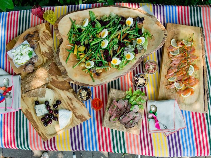 Bonnie Stern's picnic menu: Salad, smoked salmon platter, summer cakes | Appetizer | Life | National Post