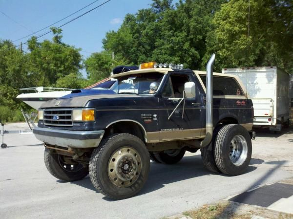 4bt early bronco swap meet
