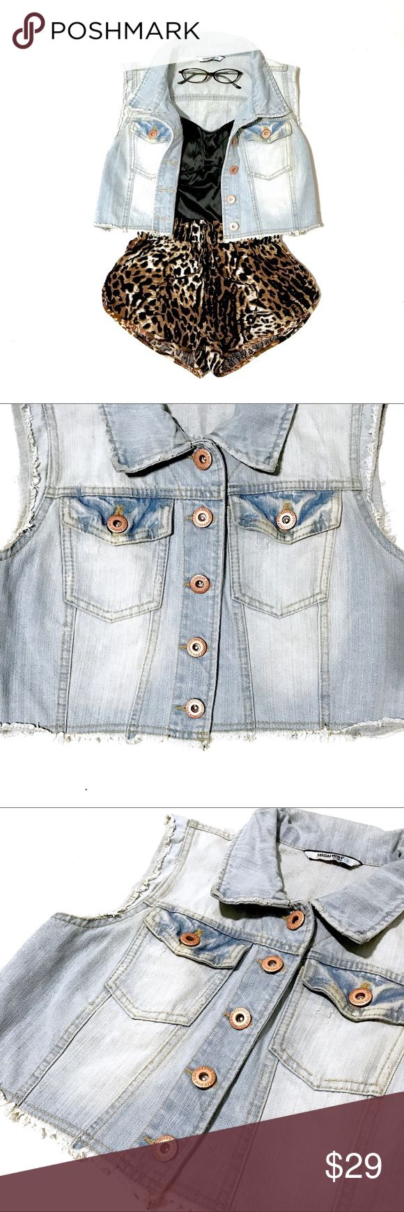 """Highway Jeans Distressed Light Denim Crop Vest By Highway Jeans, this light colored, washed-out denim vest has a trendy cropped & distressed design. Features rose gold color buttons, 2 front button closure pockets & gold stitching. Versatile staple item which can be used to accent an outfit or create a layered look. Size L. Fits a S loosely for an over-sized look, M is just right or a L fitted! B: 38"""", W: 36"""", L from center, under collar: 16"""". EUC, only """"flaws"""" are intentional for the…"""