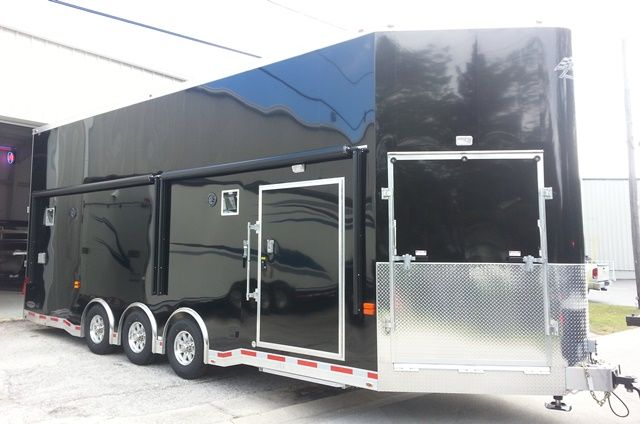 Trailer Dealers with high-quality utility trailers, cargo trailers, dump trailers, horse trailers, and race trailers, at competitive prices. Over 100 trailers in stock.  Buy Now! For More Information http://www.fbtrailers.com/all-inventory