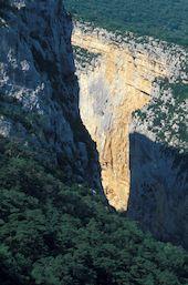 Les falaises de L'escales, haut lieu de l'escalade dans les Gorges du Verdon