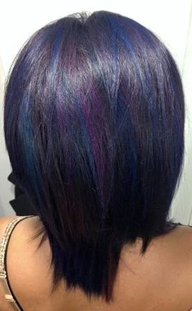 This oilislick color focuses on darker purples and blues, and looks just flawless!