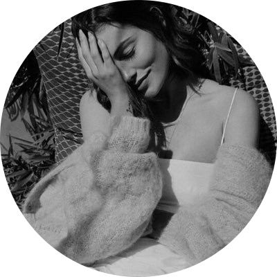للبروفايل افتارات Profile Pictures Instagram Portrait Photography Poses Girly Images