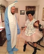 Coolest couples Halloween costumes - Ace Ventura and Snowflake the Dolphin Homemade Costume
